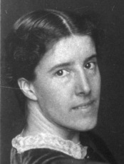 the repressive elements in the yellow wallpaper by charlotte perkins gilman This lesson will examine the symbolism at work in charlotte perkins gilman's short story ''the yellow wallpaper'' we will see how these symbols combine to form a powerful statement about the repression of women in a traditional patriarchal society.